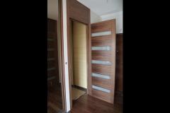 nowoczesne-drzwi-wewnetrzne-fornirowane-elementy-szklane-1