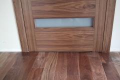 nowoczesne-drzwi-wykonane-z-forniru-1