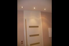 biale-drzwi-lakierowane-nowoczesne-wysokie