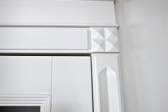 drzwi-lakierowane-biale-gzyms-pilaster-1